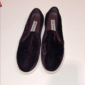 Steve Madden velvet slip on sneakers